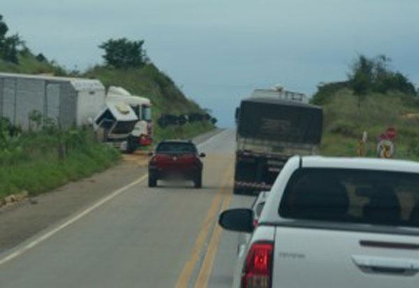 Nos primeiros 8 meses de 2020, mais de 36.000 flagrantes de ultrapassagem proibida foram registradas nas estradas federais da Bahia