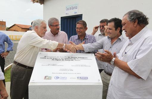 Governador inaugura sistemas de abastecimento de água no sudoeste baiano