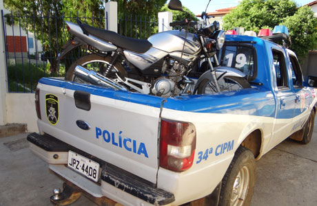 BRUMADO: POLÍCIA MILITAR RECUPERA MOTO ROUBADA