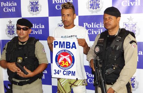 Brumado: Polícia apresenta assaltante preso nesta quinta (01)