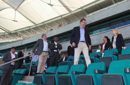 Secretário-geral da Fifa e comitiva fazem visita de inspeção à Arena Fonte Nova