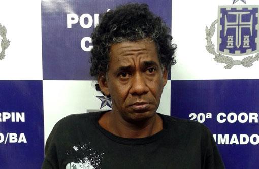 Brumado  Homem autuado em flagrante roubando mulher é homicida 20a6baa357