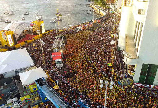 Carnaval de Salvador terá 770 mil turistas e vai movimentar R$1,7 bilhão