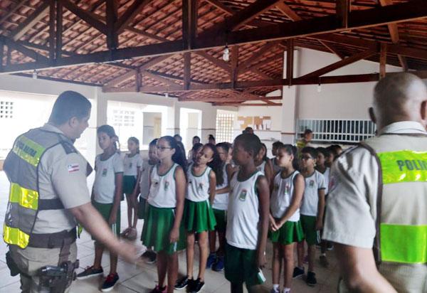Projeto 'A voz mirim na Educação para o Trânsito' é apresentado pela 46ª CIPM em Livramento