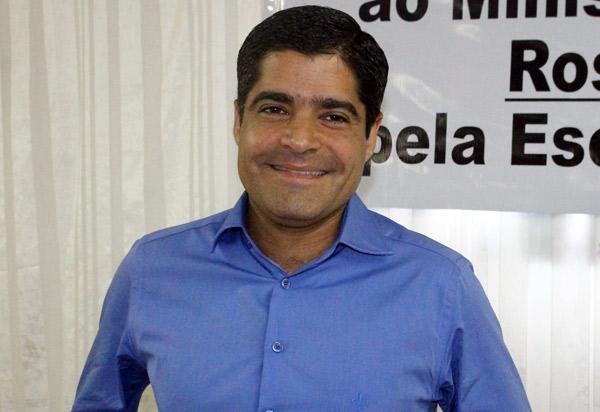 DEM aposta em candidatos a prefeitos nos maiores colégios eleitorais da Bahia