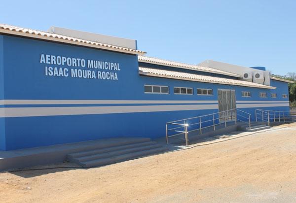 Governo do Estado conclui licitação para recuperação da pista do Aeroporto de Guanambi