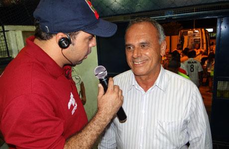 Brumado: Aguiberto promete secretaria de Esporte, Cultura e Lazer em janeiro de 2014