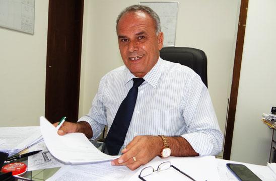 'As mudanças administrativas que fizemos, não poderiam, de forma alguma, afetar a Educação do Município', afirma prefeito Aguiberto