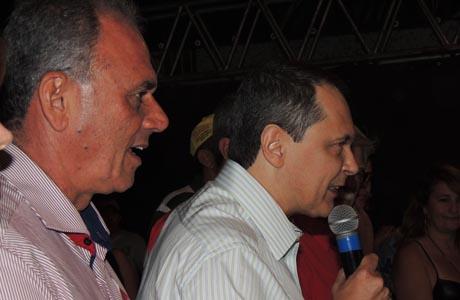 CARLINHOS MOURA (PT) DECLARA APOIO A AGUIBERTO