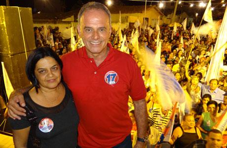 FOTOS: CAMINHADA DE AGUIBERTO NO BAIRRO DR. JURACY