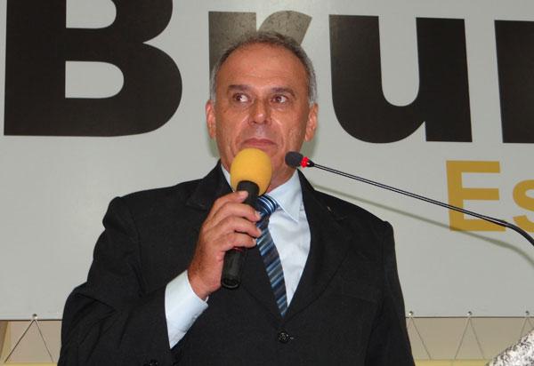 Legislativo Brumadense irá votar nesta quarta-feira (05) as contas do exercício de 2016 do ex-prefeito Aguiberto Lima Dias