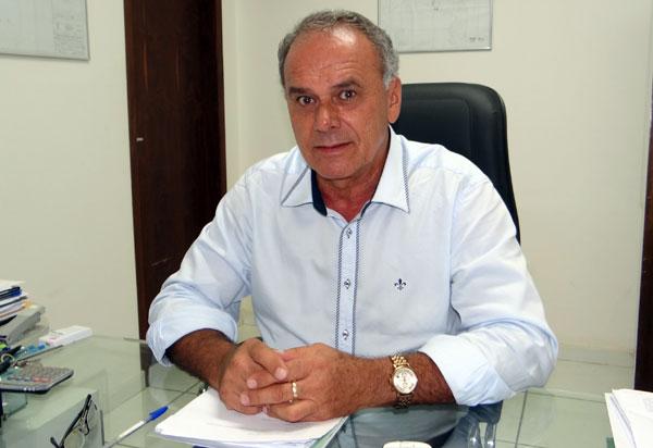 Brumado: ex-prefeito Aguiberto Lima Dias é punido pelo TCM