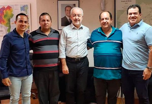 Deputado Marquinho Viana e ex-prefeito de Ituaçu cobram do governo estadual início das obras de recuperação da BA-142