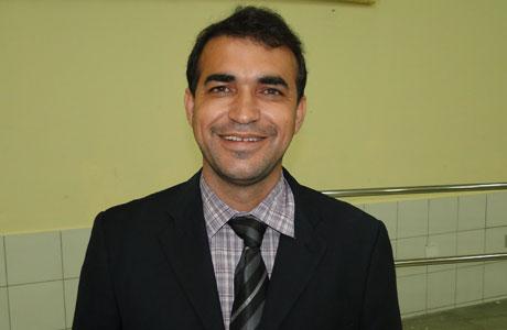 ALESSANDRO: NÃO ESTOU FORA DA POLÍTICA E REAFIRMO APOIO À AGUIBERTO
