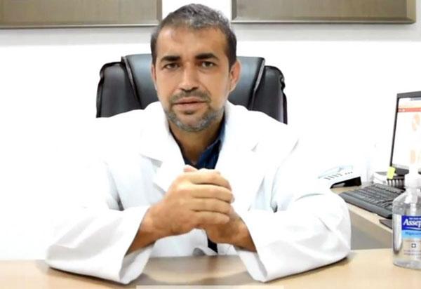 Dr. Alessandro Lôbo em nome do Centro Médico Santa Clara parabeniza técnicos e auxiliares de Enfermagem