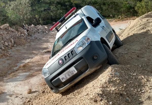 Rio de Contas: ambulância do município se envolve em acidente em uma estrada vicinal