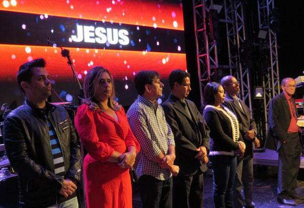 Aniversário de emancipação política de Aracatu foi comemorado com show gospel