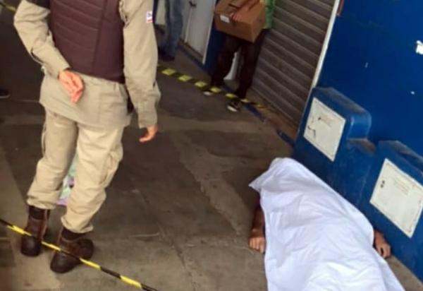 Homem morre em mercado municipal de Aracatu