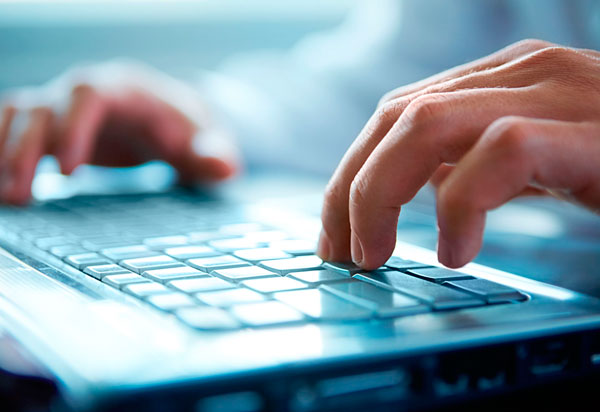 Novos cursos gratuitos são ofertados na área de tecnologia; saiba como se inscrever