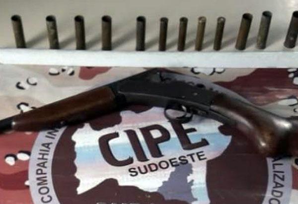 Caesg apreende armas de fogo e munições na zona rural de Licínio de Almeida