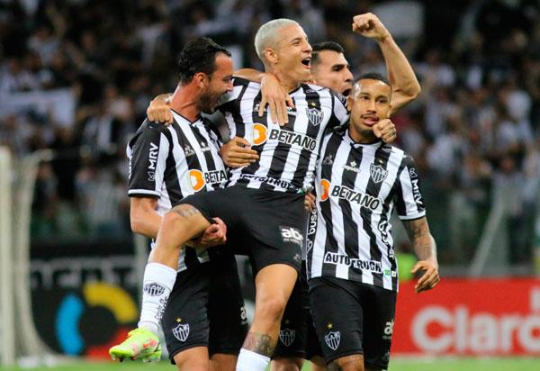Copa do Brasil: Atlético-MG goleia Fortaleza no jogo de ida das semifinais