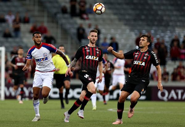 Copa Sul-Americana: Bahia vence Atlético-PR, mas perde nos pênaltis