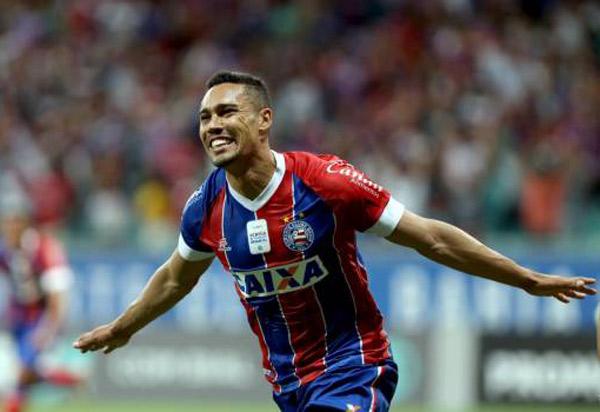 Bahia vence Ceará por 2 a 1 com gol no fim do jogo