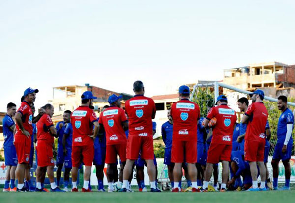Bahia encerra preparação para decisão com Grêmio