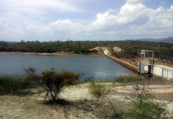 Brumado: lâmina d'água da barragem de Cristalândia baixa 2.83 metros