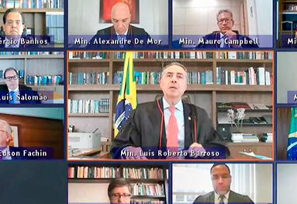 Presidente do TSE defende sistema eleitoral e rebate Bolsonaro