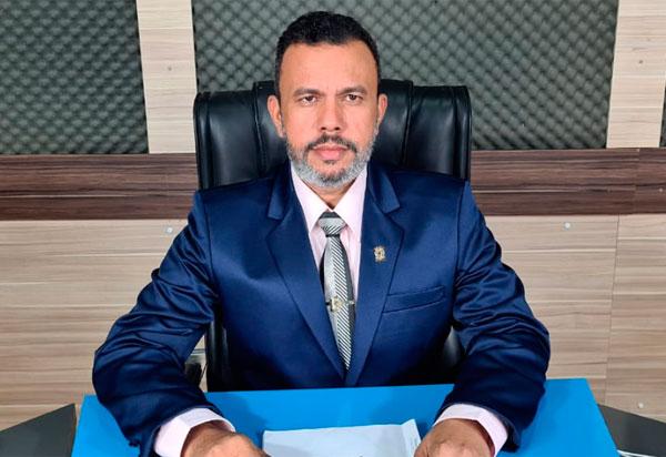 Vereador Beto Bonelly detalha indicações realizadas durante sessão do Legislativo Brumadense