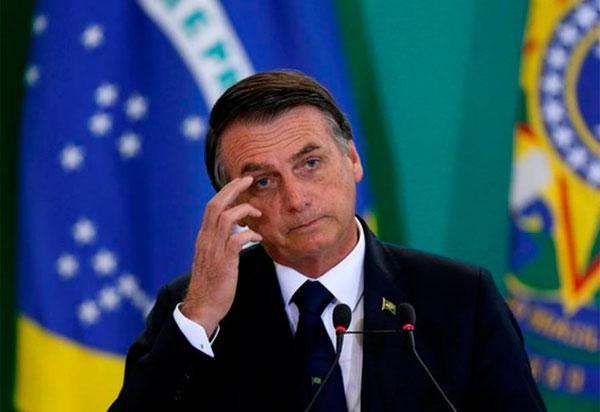 Relatório da CPI pede afastamento de Bolsonaro de todas as redes sociais