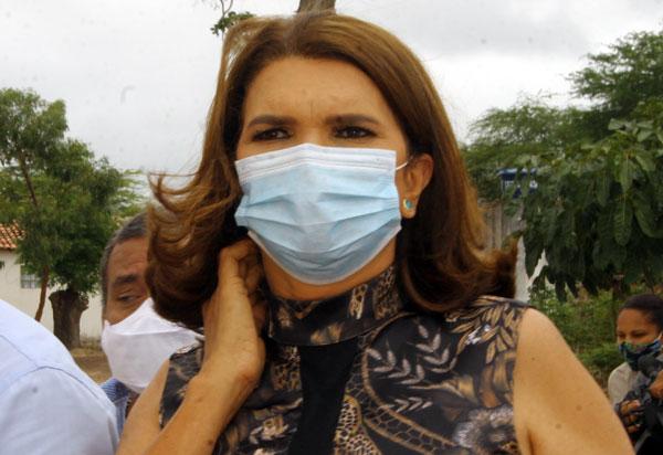 Aracatu: TCM multa prefeita em licitação de contratação de serviços de limpeza pública
