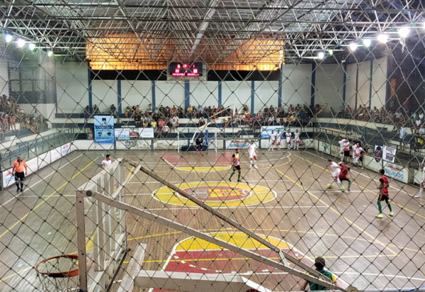 Laricas e União decidem título do Campeonato Brumadense de Futsal em 'melhor de três'