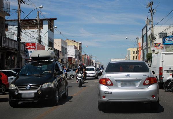 Desconto de 5% no IPVA para carros com placas de final zero é válido até dia 26