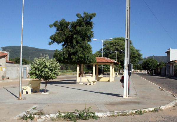 Brumado: moradores do Bairro Santa Tereza reclamam da falta d'água