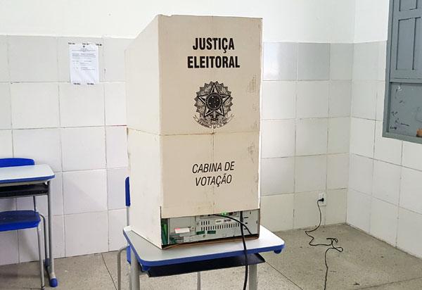 Adiamento das eleições para 15 e 29 de novembro é aprovado no Senado
