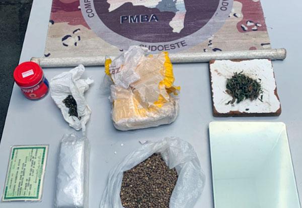 Cipe Sudoeste apreende drogas em residência no centro de Livramento