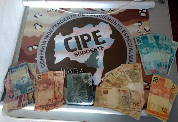 CAESG: Homem é preso acusado de tráfico de drogas em Aracatu
