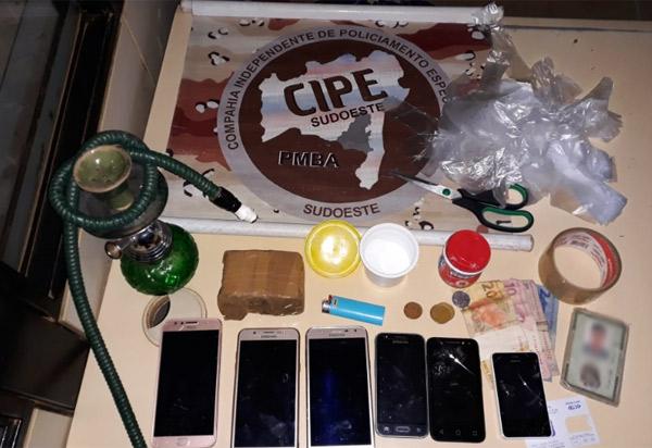 Acusados de tráfico de drogas são detidos em Paramirim