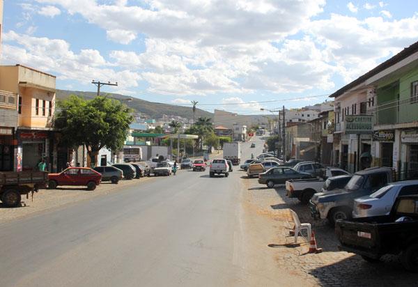 Caetité: Catadores de recicláveis encontram feto em lixão do município