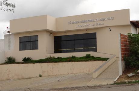 Aracatu: Projeto de compra de ambulância do executivo é rejeitado pela Câmara de Vereadores