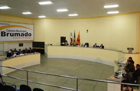 EXECUTIVO TEM CONTAS DE 2010 APROVADAS PELA CÂMARA