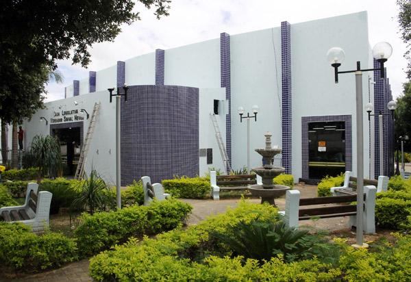Obra no prédio da Câmara de Vereadores de Brumado poderá ser entregue dia 20 de dezembro