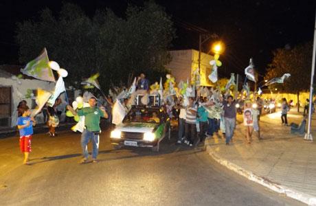 2012: GILSON DIAS REALIZOU CAMINHADA EM BRUMADO