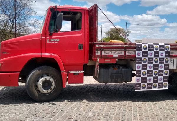 Cipe Central recupera caminhão furtado em Jequié na zona rural de Iramaia