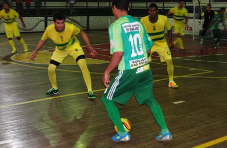 Começou o Campeonato Brumadense de Futsal 2013