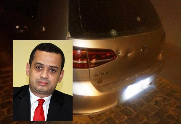 Brumado: ex-vereador e advogado Weliton Lopes tem carro alvejado por 5 tiros na noite de quarta (05)