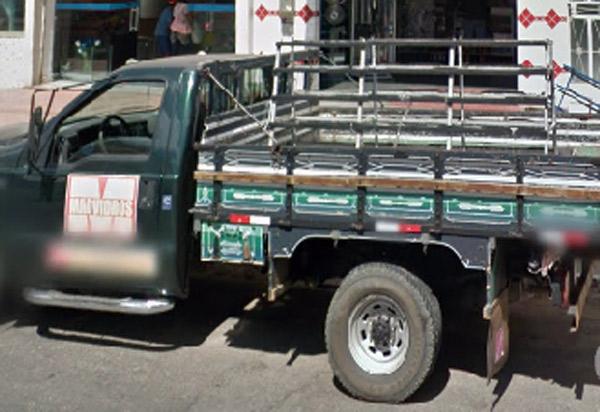 Veículo de vidraçaria foi furtado em Brumado
