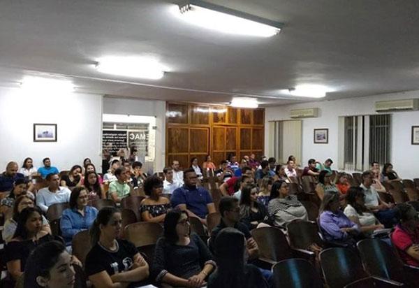 Brumado: foi realizada no Semac palestra sobre 'Reforma Trabalhista e o E-social'
